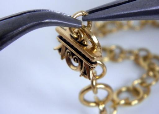 Ремонт цепочек в ювелирной мастерской